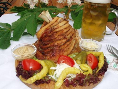 Wiens Beste Gegrillte Stelze Essen Trinken Floridsdorf Wien